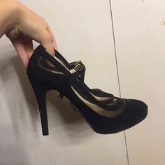 606f6982eb9 Black heels - about 3 4 high - very comfortable FREE ALL