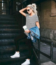 Gorgeous 77 Simple and Charming Outfits Ideas with Converse from https://www.fashionetter.com/2017/05/09/simple-and-charming-outfits-ideas-with-converse/