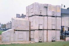 Ghost House: 20 years since Rachel Whiteread's 'House'/