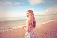 #Googles billedresultat for http://data.whicdn.com/images/27399833/beach-beautiful-blonde-clean-girl-laughter-Favim.com-98400_large.jpg