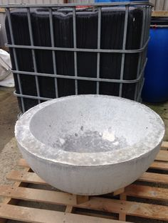 Fondue cement prototype fire bowl from Halodesign.co For that summer evening