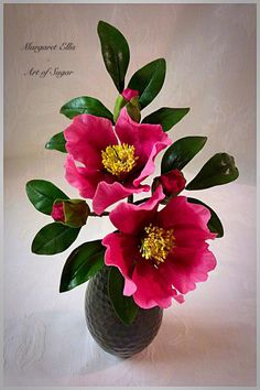 Camelia by Margaret Ellis - Art of Sugar