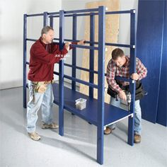 Building a Garage Storage Wall. Here is a Step-by-step Got a lot of stuff in your garage and no way to organize it? This article will show you how to build simple and inexpensive shelving to hold plastic storage containers that will organize your garage Diy Garage Storage, Diy Garage Shelves, Basement Storage, Laundry Storage, Garage Cabinets, Shed Storage, Garage Organization, Storage Room, Built In Storage