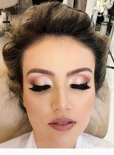 420 neueste smokey eye make-up ideen 2019 seite 27 … - Wedding Makeup How Best Wedding Makeup, Natural Wedding Makeup, Wedding Hair And Makeup, Wedding Make Up, Bridal Makeup, Natural Makeup, Sparkle Wedding, Bridesmaid Makeup Natural, Winter Wedding Makeup