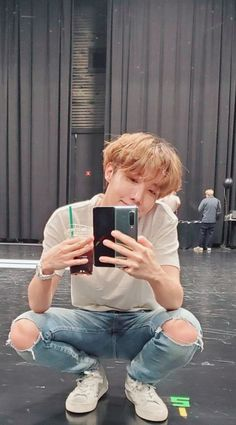 Hoseok/jhope discovered by Zaria Gwangju, Billboard Music Awards, Foto Bts, Bts Boys, Bts Bangtan Boy, Jhope Bts, Jung Hoseok, J Hope Tumblr, J Hope Dance