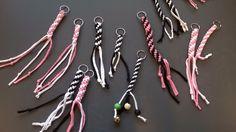 Avaimenperät - tekniikkana munkinnyöri (6 lk) Keychains, Bobby Pins, Needlework, Hair Accessories, Hair Styles, Crafts, Beauty, Key Hangers, Embroidery