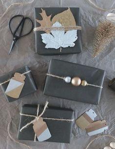 10 Pretty Gift Wrap Ideas Using Plain Paper [DIY] ↠ Mit Liebe verpackt. Weihnachtsgeschenke im Metallic-Look! Wrapping Ideas, Creative Gift Wrapping, Creative Gifts, Wrapping Gifts, Creative Cards, Diy Holiday Gifts, Diy Gifts, Homemade Gifts, Christmas Gift Wrapping