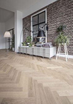 Style At Home, Hardwood Floors, Flooring, Entryway Tables, Drawers, Living Room, House Styles, Interior, Furniture