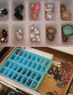 Arrange Your Earrings Make Up Storage, Small Storage, Diy Storage, Home Organisation, Jewelry Organization, Organization Hacks, Organizar Closets, Diy Rangement, Some Ideas