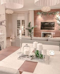 What a beautiful space by 👏🏼⠀ ~⠀ ~⠀ ~⠀ ~⠀ ~⠀ Interior Design Career, Interior Decorating Styles, Interior Design Living Room, Living Room Decor, Bedroom Decor, Room Inspiration, Design Inspiration, Home And Living, Decor Styles