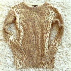 MANGO sweater I wore it once. Like new! Feels more like a small! Mango Sweaters Crew & Scoop Necks