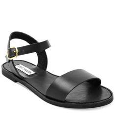 Steve Madden Donddi Flat Sandals In Black Flip Flop Shoes, Flip Flops, Sandalias Teva, Cute Shoes, Me Too Shoes, Shoe Boots, Shoes Sandals, Heeled Sandals, Flat Sandals Outfit
