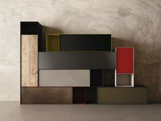 Wall-mounted sectional plate storage unit with doors Zero20 Collection by Moab 80 | design Gabriella Ciaschi, Studio Moab