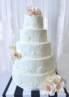 Atlanta Cake Studio...................      Beautiful Cakes by my Beautiful Daughter !