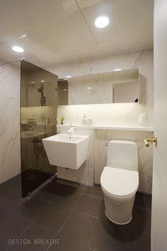 Space Images, Bathroom Design Small, Dressing Room, Corner Bathtub, Kitchen Cabinets, Interior Design, Architecture, Deco, Bath Room