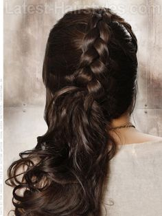 20 Iconic Long Brown Hairstyles To Try