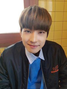 ORIG] [17'S] 너희와 함께할 따뜻한 봄 #6.Wonwoo  [TRANS] [17′S] a warm spring together with you #6.Wonwoo Trans © Pledis17@tumblr