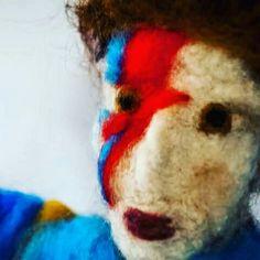 David Bowie by Por um Fio toyart