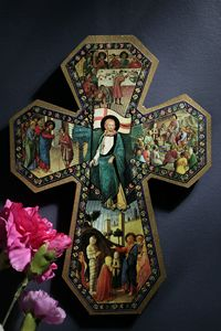 Florentine cross of miracles