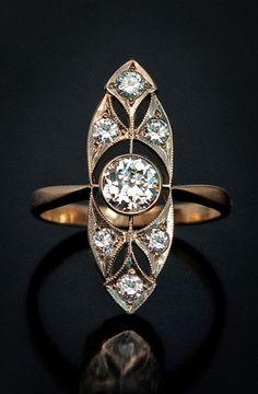 Vintage Jewelry Art Deco Vintage Russian Diamond Gold Ring for Sale Anel Art Deco, Bijoux Art Nouveau, Art Deco Jewelry, Fine Jewelry, Jewelry Design, Glass Jewelry, Vintage Art Deco Rings, Vintage Diamond, Vintage Rings
