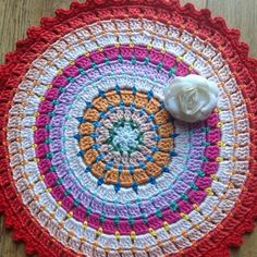 Busy fingers, busy life...: Mandalas For Wink -x-