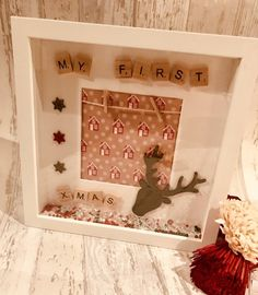 When decorating houses for Christmas, the one thing people neglect is the wall space. Christmas Box Frames, Christmas Shadow Boxes, Christmas Tree Painting, Scrabble Crafts, Scrabble Frame, Scrabble Art, Scrabble Tiles, Box Frame Art, Shadow Box Frames