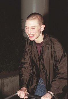 Cate Blanchett–and 22 other women who completely nailed the buzz cut
