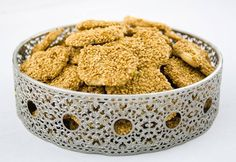 Blanche and her bro decide to recreate this crunchy, buttery,nutty, sweet and salty cookie, reminiscent . Middle Eastern Sweets, Middle East Food, Middle Eastern Recipes, Surimi Recipes, Endive Recipes, Coffe Recipes, Dog Food Recipes, Cooking Recipes, Crohns Recipes