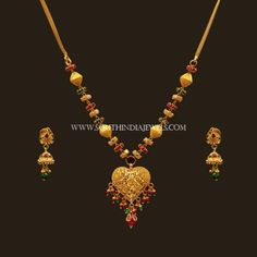 Latest Gold Necklace Set Designs With Price ~ South India Jewels Gold Necklace Simple, Gold Jewelry Simple, Necklace Set, Short Necklace, Bridal Necklace, Gold Earrings Designs, Gold Jewellery Design, Necklace Designs, Gold Set Design