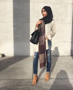 Casual hijab style. Love the way she wrapped the second scarf.