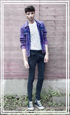 Asos Pink/Black Acid Wash Denim Jacket, Topman Peace Sign Tshirt, Topman Black Skinny Jeans, Black Converse