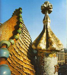 Antoni Gaudi - Ceramic Tile Roof