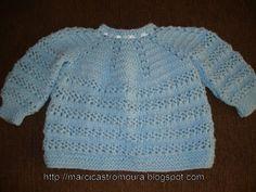 Ponto segredo em trico - tem que ser numeros impares de pontos . *2 pontos juntos em trico ; 1 laç ; 2 pontos juntos em trico ;1 laç *;...