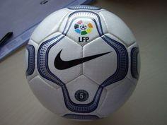Nike Geo Merlin, balón de la Liga durante 2000 a 2003 | Microbio Comunicación
