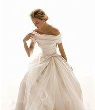 Stunning, romantic #wedding #gown