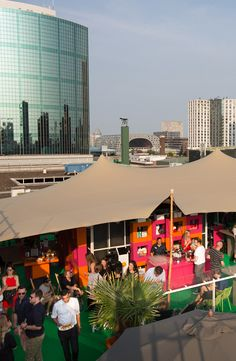 A summery festival on the Roof of our store in Rotterdam #RooftopFestival #deBijenkorf #SummerVibes