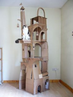 Ridiculously Easy Steps for Making a Comfy Cat Bed Cat House Diy, Toy House, Diy Jouet Pour Chat, Diy Cat Tent, Cardboard Cat House, Cat Castle, Cat Perch, Cat Towers, Cat Room