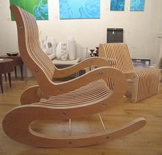 Cnc furniture Plans - 25 DIY Ideas Turning Plywood into Modern Furniture and Decor Accessories Plywood Furniture, Furniture Projects, Home Furniture, Furniture Design, Diy Projects, Furniture Plans, Rustic Furniture, Unique Furniture, Money Making Wood Projects