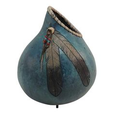 American Indian Painted Gourd Art Vase For Sale at Decorative Gourds, Hand Painted Gourds, Painted Vases, Decorative Objects, Painted Spoons, Painted Rocks, Native American Pottery, Native American Art, American Indians