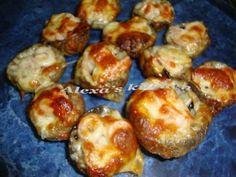 Ciuperci umplute la gratar Baked Potato, Potatoes, Cooking Recipes, Baking, Ethnic Recipes, Food, Meal, Food Recipes, Patisserie