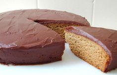 brazilian-food-pao-de-mel. Chocolate honey bread
