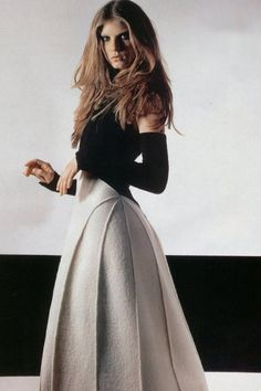 Angela Lindvall by Karl Lagerfeld in Fall/Winter 1999 / Fashion ads Fashion Details, Look Fashion, Skirt Fashion, High Fashion, Fashion Dresses, Womens Fashion, Fashion Design, Classy Outfits, Beautiful Outfits
