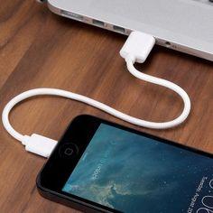 câbles courts 30pin et Lightning textile Charge & Sync de BlueLounge - LAPADD - objets de lutte contre les contraintes du quotidien LAPADD.com
