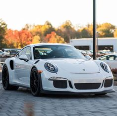 Porsche 991 GT3 RS painted in White   Photo taken by: @izaacbrookphotos on Instagram
