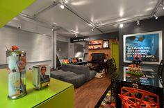 casa colorida e moderna. living room, cool homes