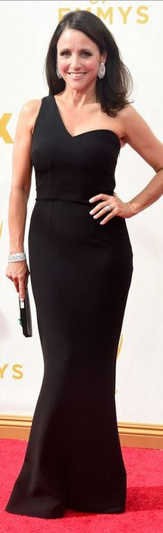 Who made Julia Louis-Dreyfus' jewelry, clutch handbag, black one shoulder gown, and shoes?