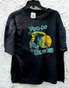 Vintage 1995 Tatsu-Do Ride The Wind Tournament Shirt Black XL by Fchoicevintage on Etsy Vintage Shirts, Vintage Men, Katie Roberts, College Shirts, Miss America, Karate, 90s Fashion, Vintage Looks, Vintage Posters