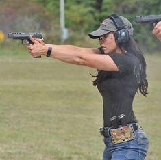 Guns Weapons ❤️️Girls 💋::: sexy girls hot babes with guns beautiful women weapons