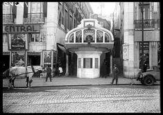 Lisboa de Antigamente retrata a cidade, através de fotografias antigas das suas gentes, monumentos e muito, muito mais. Meneses, Interesting Buildings, Belem, Santa Clara, Street View, Tours, City, Vintage Photography, Vintage Photos