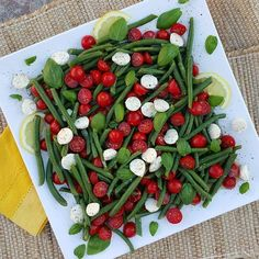 "2,819 Likes, 24 Comments - Rachel Maser (@cleanfoodcrush) on Instagram: ""Caprese Green Bean Salad  Crazy-DELICIOUS combination, and PERFECT for Springtime parties!  My…"""
